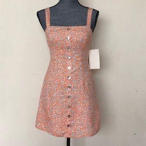 Dresses & Skirts - Floral button up mini dress